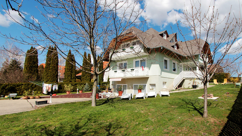 Villa Laszlo